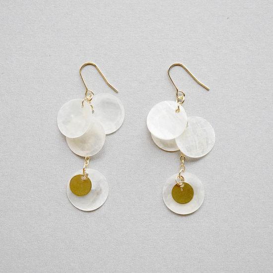 Shell earrings / Long Mat white : シェルイヤリング / ロング マットホワイト